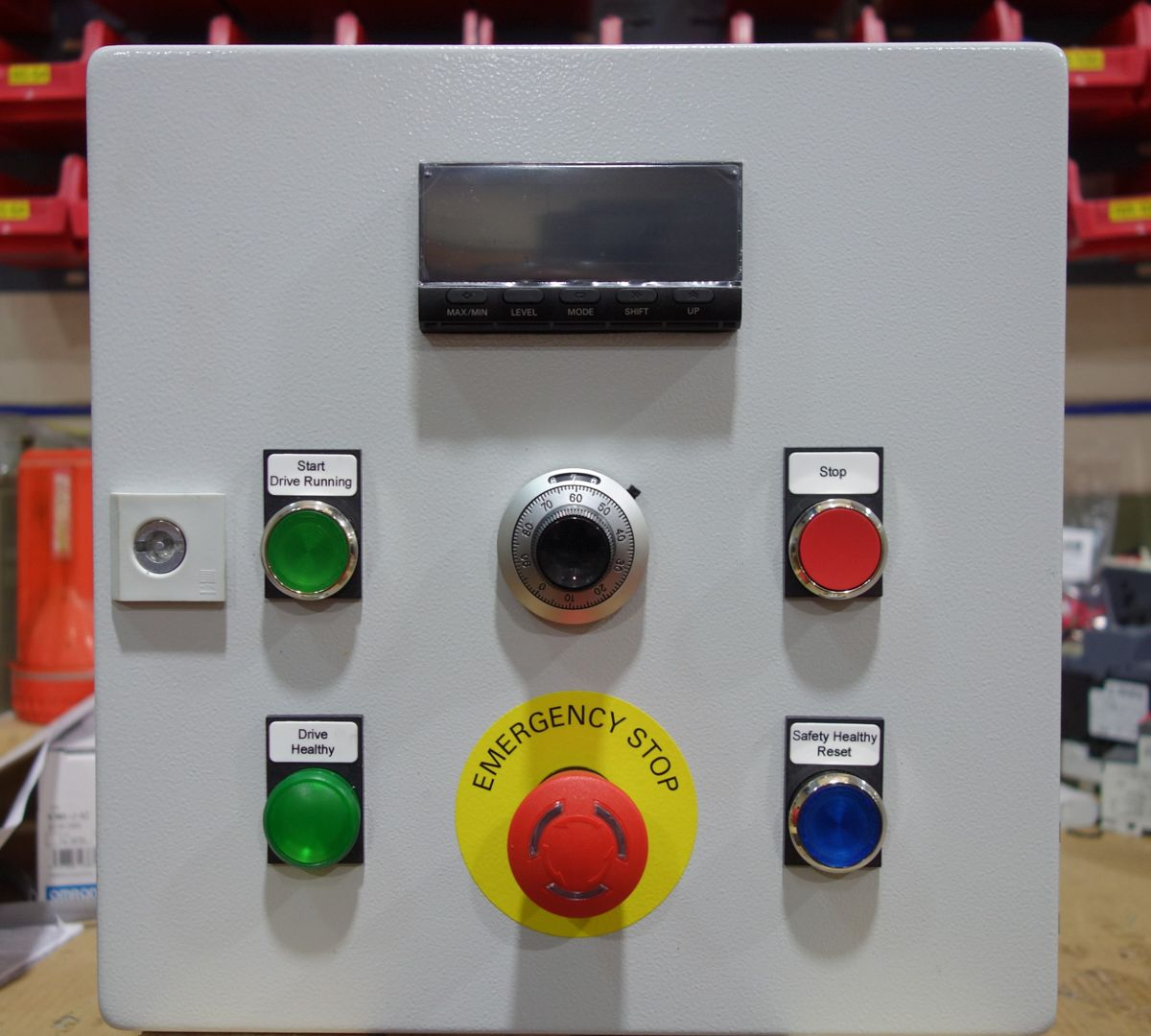 Small, yet powerful machine-mounted control panels