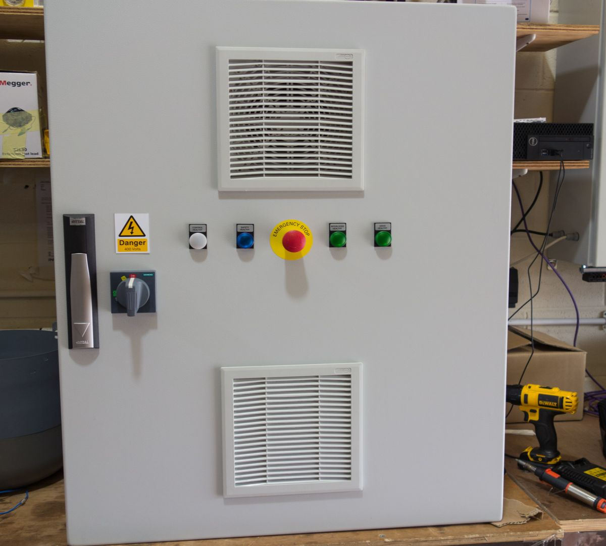 Machine-Mounted Extruder Control Panel