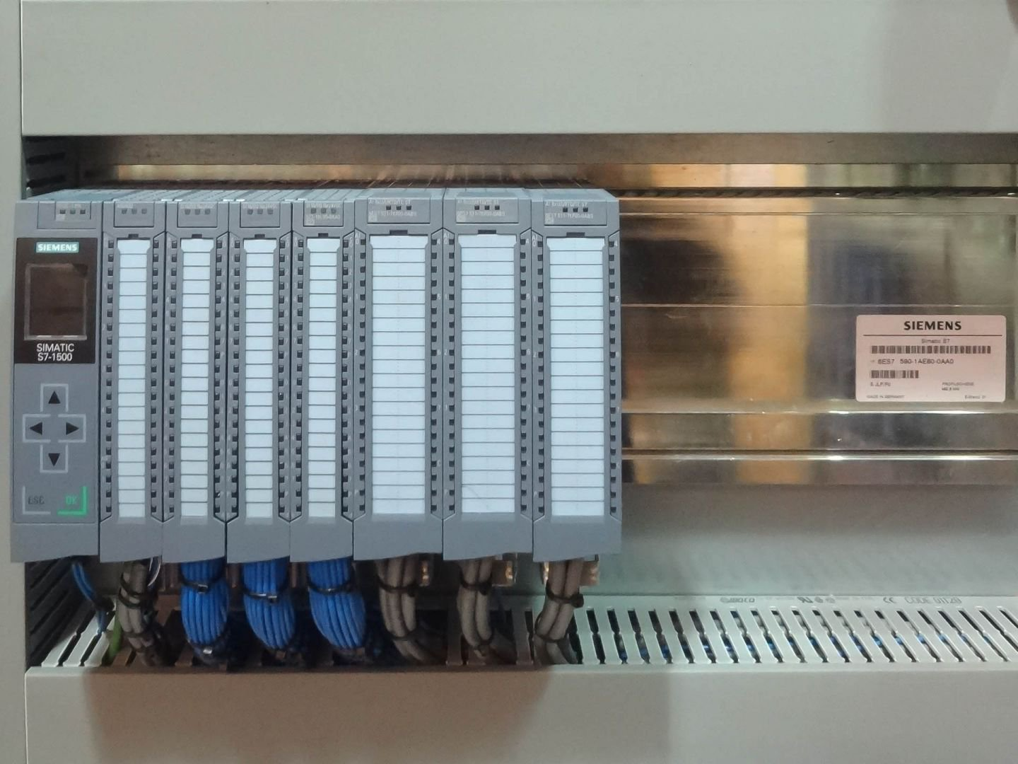 Find out more about how Axis Controls can integrate a Siemens PLC system